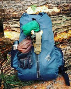 @becomingwildman's bush crafting essentials. The outer webbing provides attachment points for accessories that you need quick access to. What are your essentials when venturing into the woods? #aqambassador #bushcraft #liveyourquest #waterproof #aqwaterproof #rewildyourlife l