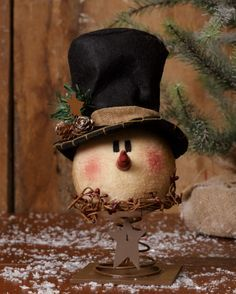Primitive Country Snowman Head on Spring Christmas Holiday Decor Snowman Decorations, Snowman Crafts, Christmas Projects, Holiday Crafts, Christmas Decorations, Christmas Love, Country Christmas, Christmas Snowman, Christmas Ornaments