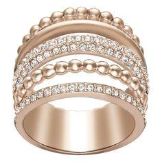 Jesienne trendy Swarovskiego – parada pierścionków! Dopełnij swoją stylizację nosząc na co dzień kilka pierścionków.