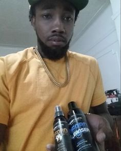 Another satisfied customer! He's loving his 100% all natural beard oil and beard cleanser. Thanks King! Get yours!!! Available at:Robinlynncosmetics.com #beardlife #beardgang #beardgrooming #beardoil #beardcleanser #rlnaturalbeards @i_am_donj by rlcosmetics