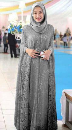 Trendy Ideas For Dress Brokat Panjang Islamic Fashion, Muslim Fashion, Modest Fashion, Kebaya Hijab, Kebaya Dress, Kebaya Muslim, Trendy Dresses, Simple Dresses, Hijab Style Dress