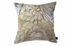 USA製cotton100%高級ヴィンテージ生地を使用したSafariベージュクッション #クッション #クッションカバー #アニマル #safari #cushion #cushioncover #pillow