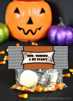 Free printable treat bag toppers, perfect for Halloween!