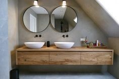 Attic Bathroom, Bathroom Wall Tile, Bathroom Mirror, Round Mirror Bathroom, Bathroom Interior, Scandinavian Bathroom, Bathroom Design Small, Cement Bathroom, Bathroom Wall