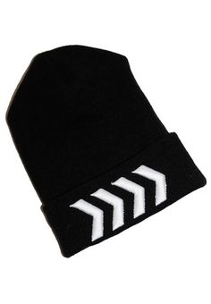 Liam tattoo beanie from fresh tops! Check out Dieting Digest One Direction Merch, Cute Beanies, Fresh Tops, Cute Teen Outfits, 1d And 5sos, Band Merch, Beanie Hats, Types Of Fashion Styles, Fashion Brand