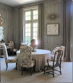 The story of how the catalogue Ballard Designs started is a well known one. In Helen Ballard Weeks, from Atlanta, entered a decorat. Trim Work, Atlanta Homes, Interior Design Inspiration, Design Ideas, Ballard Designs, Architecture Details, French Country, Country Life, Beautiful Homes