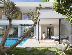 Gallery of LB House / Shachar- Rozenfeld architects - 8