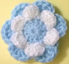 Escarapela 2015 Love Crochet, Diy Crochet, Crochet Flowers, Crochet Ideas, Crochet Mandala, Baby Car Seats, Crochet Patterns, Baby Shower, Wool
