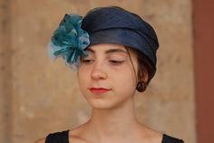 """Fascia """"Laura"""" In Sisal Blu Polvere con fiore in Seta Pura in sfumatura Ottanio"""