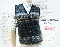 women's sweater vest, snowflake vest , Holiday sweater, women's sweater ,  ski sweater vest, Extra Large sweater # 49