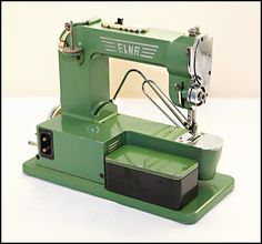Elna Grasshopper Series One sewing machine rear view
