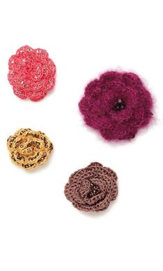 Brooch with Seed Beads, Thread and Twine-Crocheted Flowers...free pattern...this looks like a great crochet and bead project...it should be fun!
