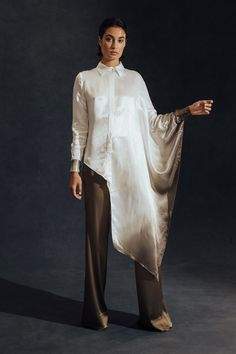 Hensely Spring 2018 Ready-to-Wear Fashion Show Collection: See the complete Hensely Spring 2018 Ready-to-Wear collection. Look 25 Cl Fashion, Abaya Fashion, Modest Fashion, Look Fashion, Indian Fashion, Trendy Fashion, Fashion Show, Fashion Dresses, Fashion Design