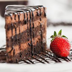Gudinde chokolade Kakao er gudindernes føde. Her kan lave dine egne chokolader på rene rå råvarer - fyldt med superfoods, krydderier, nødder etc.
