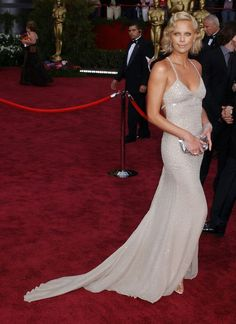 Charlize Theron's glittering Gucci gown, complete with a train, 2004