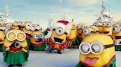 Despicable Me Minions wish you a Merry Christmas! Minion Gif, Minion Noel, Minion Humour, Minions Cartoon, Minions Minions, Christmas Songs Youtube, Xmas Songs, Image Minions, Minions Images