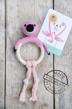 Mijn eigen plekkie: Flamingo bijtring/rammelaar...Flamingo babytoy