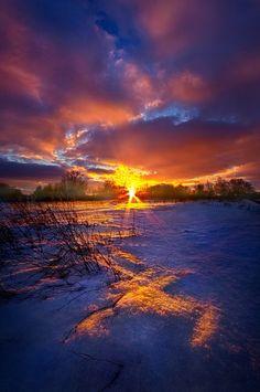~~In the Still of Dawn • winter snow farm field sunrise landscape, Racine, Wisconsin • by Phil Koch~~