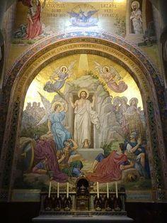 Basilique Notre-Dame-du-Rosaire de Lourdes . Midi-Pyrénées