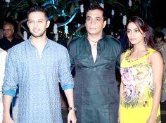 Vatsal Sheth with guests at Raina Joshi's Diwali bash. #Bollywood #Fashion #Style #Beauty