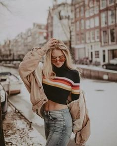 Striped sweaters bring a different feeling – zzzzllee – girl photoshoot poses Model Poses Photography, Photography Courses, Underwater Photography, Photography Backdrops, Digital Photography, Newborn Photography, Forensic Photography, Ghost Photography, Travel Photography