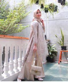 Model Kebaya Brokat Modern, Kebaya Modern Hijab, Dress Brokat Modern, Kebaya Hijab, Kebaya Lace, Kebaya Dress, Dress Pesta, Hijab Gown, Hijab Dress Party