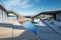 Gallery - The Floating Kayak Club / FORCE4 Architects - 2