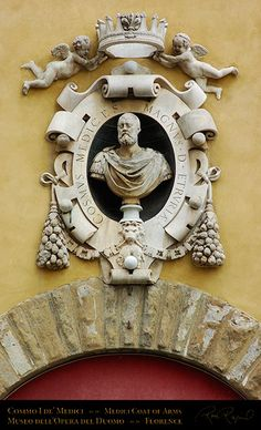 The Medici Crest honoring Cosimo I de' Medici, Duke of Florence and first Grand Duke of Tuscany Sign Image, Royal Blood, Grand Duke, Western World, Dark Ages, Florence Italy, 14th Century, Art And Architecture, Digital Image