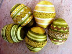 Sada olivově zelených vajíček / Avadesign - SAShE.sk Easter Eggs, Fruit