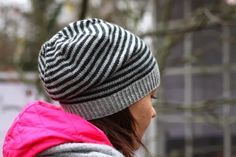 Ravelry: Raituli pattern by Marja Suomela adorable free hat pattern Finland Knitting Blogs, Knitting Patterns Free, Free Knitting, Knitting Projects, Knitting Yarn, Free Pattern, Bag Crochet, Crochet Hats, Slouchy Hat