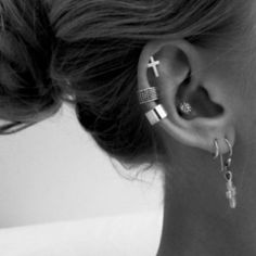 Ear piercings, pretty