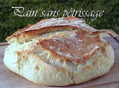 PAIN INRATABLE SANS PETRISSAGE CUISSON COCOTTE Cooking Bread, Cooking Chef, Cooking Recipes, Cuisine Diverse, Good Food, Yummy Food, Easy Chicken Recipes, Quick Easy Meals, No Cook Meals