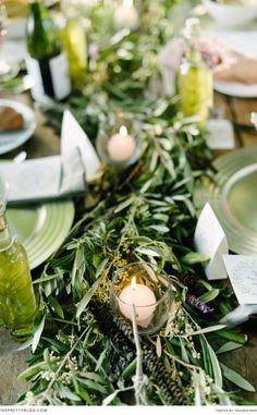 Lush green table decor | Photographer: Yolandé Marx | Decor: My Pretty Vintage |