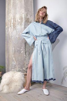 Laura Siegel #VogueRussia #readytowear #rtw #springsummer2018 #LauraSiegel #VogueCollections