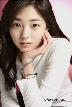 Chae Soo Bin on Check it out! Asian Actors, Korean Actresses, Asian Celebrities, Stunning Girls, Beautiful Asian Girls, Beautiful Women, Beauty Full, Beauty Women, Korean Beauty