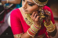 Jewellery – The Bride Tanvi! Photos, Hindu Culture, Gold Color, Bridal Makeup, A… Jewellery – … Italian Gold Jewelry, Rose Gold Jewelry, Bridal Jewelry, Gold Jewellery, Wedding Looks, Bridal Looks, Bengali Wedding, Hindu Culture, Asian Bridal