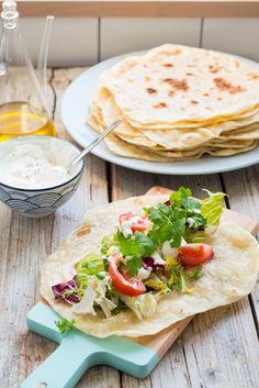 Tortilla Pizza, Superfoods, Hummus, Tacos, Mexican, Cooking Recipes, Blog, Ethnic Recipes, Flat Bread