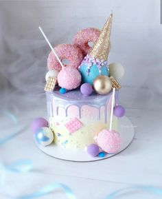 Observe Cake from . Candy Birthday Cakes, Beautiful Birthday Cakes, Beautiful Cakes, Amazing Cakes, Lollipop Cake, Cupcake Cakes, Pretty Cakes, Cute Cakes, Bolo Tumblr
