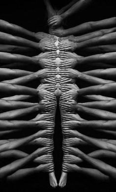 Creative Photography, Hands, Black, White, and Body image ideas & inspiration on Designspiration Black N White, Black White Photos, Black And White Photography, Belle Photo, Human Body, Body Art, Art Photography, Female Photography, Creative