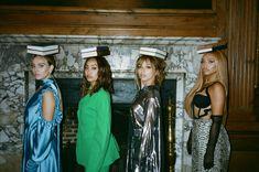 Imagen de little mix, jesy nelson, and perrie edwards Little Mix Outfits, Little Mix Jesy, Little Mix Style, Little Mix Girls, Jesy Nelson, Perrie Edwards, Meninas Do Little Mix, Litte Mix, Mixed Girls