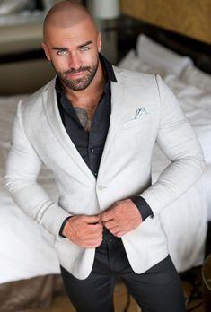 Gentleman Mode, Gentleman Style, Beautiful Men Faces, Gorgeous Men, Clint Chadwick, Stylish Men, Men Casual, Bald Men Style, Costume Sexy