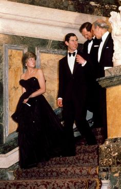 Diana pours her heartache out to biographer Andrew Morton in newly released tapes Princess Diana Death, Princess Diana Photos, Princess Diana Fashion, Princess Diana Family, Royal Princess, Princess Of Wales, Princess Diana Wedding, Princesa Real, Camilla Parker Bowles