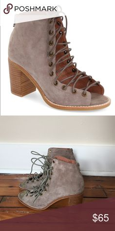 Jeffery Campbell Lace Up Heels Pair of used grey Jeffery Campbell heels! Open toe, natural wood heels. So cute, just never wear them anymore. Great condition. Originally bought from Nordstrom Jeffrey Campbell Shoes Heels