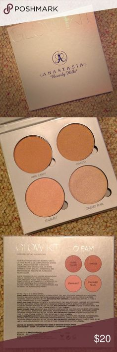 """Anastasia glow kit """"Gleam"""" 4 highlighters. Very pigmented. Only used once. Anastasia Beverly Hills Makeup Luminizer"""