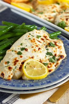 Flaky Parmesan Tilapia recipe from @trimhealthymama new cookbook, Trim Healthy Table! It's super easy to make and totally kid approved! | @suburbansoapbox #trimhealthytable