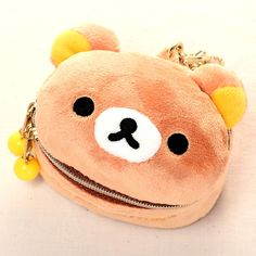 Rilakkuma is here to make sure you're looking your best all day long! This soft to the touch, sturdy makeup case can hold all your necessities and fit in your bag. It also features a ball chain and clip for easy attachment to laptop bags. As cute as a plushie, it's like getting two products in one! How to look instantly cuter? Smile of course! With this Rilakkuma makeup pouch, you're sure to look ...