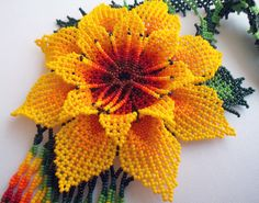 Mexican Huichol Beaded flower Necklace by Aramara on Etsy Seed Bead Flowers, Beaded Flowers, Crochet Flowers, Flower Patterns, Beading Patterns, Native American Beadwork, Beaded Ornaments, Loom Beading, Flower Necklace