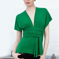Transformer Wrap Top Kelly Green - style for the top of a smooth dress?