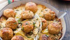 Toute l'Italie se retrouve dans ces boulettes pimentées sur un lit de pommes de terre au parmesan, le vrai: le parmiggiano reggiano.