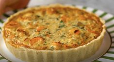 Shrimp Pie Ingredients: of flour Sauce for braising 1 large onion coarsely chopped 3 cloves garlic, minced of shrimp G clean Salt to taste Juice of ½ lemon 4 eggs cream gratd cheese Nutmeg to taste Parsley, chopped to taste Shrimp Appetizers, Shrimp Dishes, Quiches, Portuguese Recipes, Portuguese Food, Savory Tart, Savoury Dishes, Seafood, Cooking Recipes